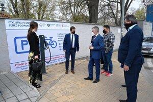 Otvorenie stanice Bike and Ride v Senci.