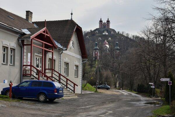 Ulicu Pod Kalváriou mesto zrekonštruuje.