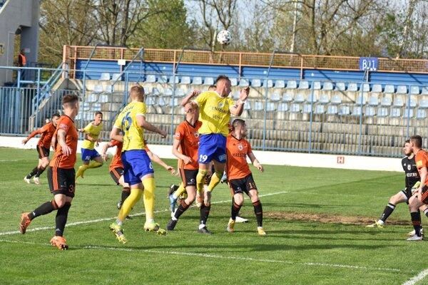 Zo zápasu MFK Zemplín Michalovce vs. MFK Ružomberok.