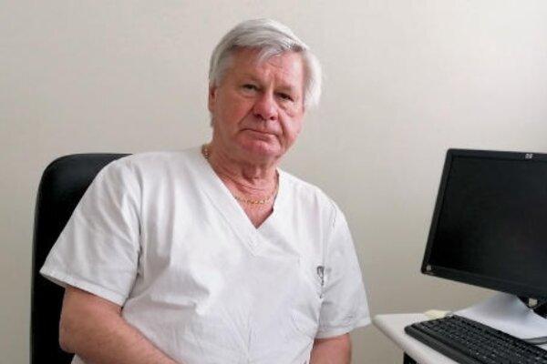 Dušan Magdin, primár pracoviska klinickej onkológie nemocnici vBojniciach.