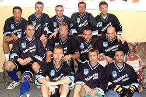 2002: Hokejbalový Stümpel team.