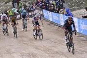Egan Bernal (vpravo) vyhral 9. etapu na Giro d'Italia 2021.