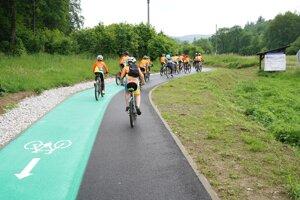Do cyklodopravy investuje kraj v rámci svojho územia státisíce eur.