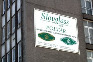 Slovglass Poltár zamestnával v najlepších časoch vyše 1700 ľudí.