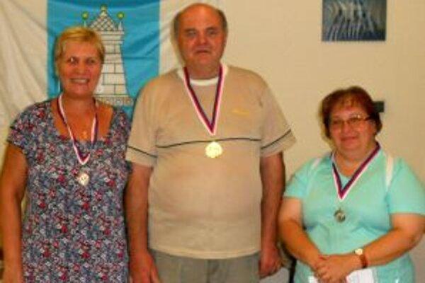 Ocenení členovia Scorpionov Nitra.