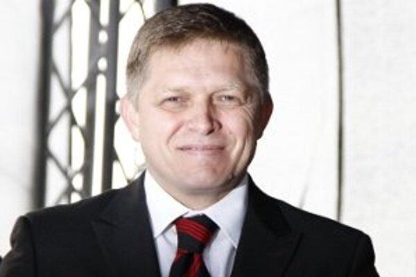 Premiér Fico má medzi svojimi poradcami aj oboch rektorov nitrianskych univerzít.