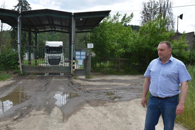 Na farme v Topoľovke opatrenia dodržiavajú.