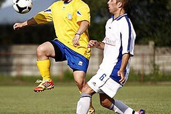 Futbalisti Zbehov sa tešili z výhry 5:2 nad výberom hviezd.