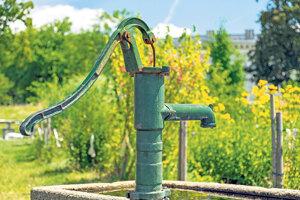 Mnohé obce sú odkázané na studne.
