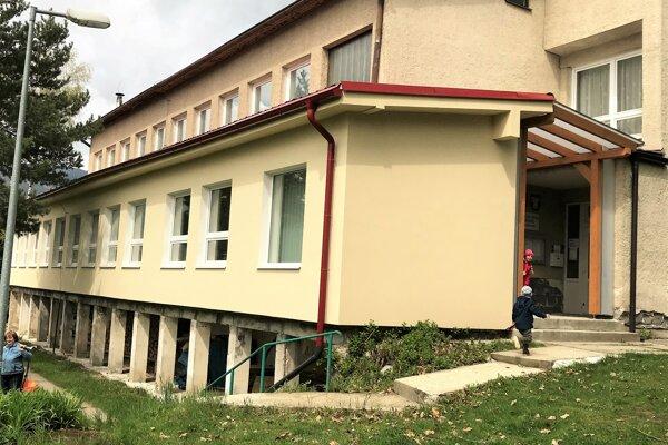 Väčšou investíciou v dedine bola prístavba škôlky.