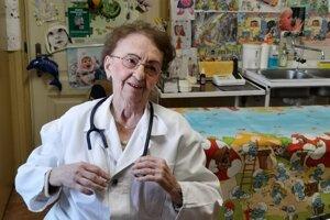 Mária Slugeňová je najstaršia pediatrička na Slovensku.