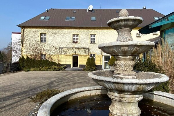 Mesto Dubnica nad Váhom odkúpilo unikátny kaštieľ Chateau Mignon.