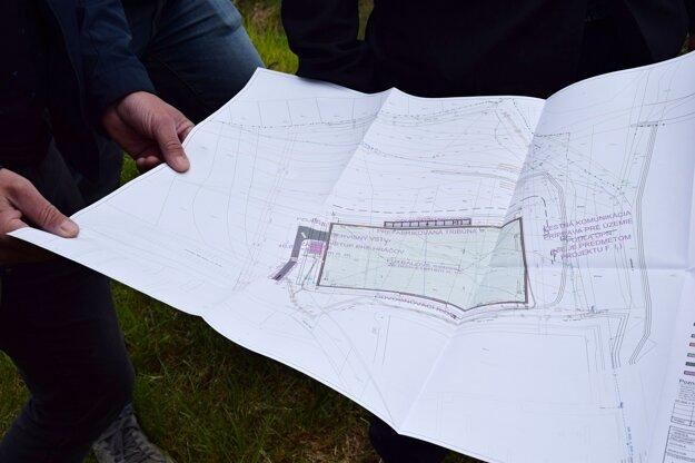 Mesto odovzdalo výstavbu futbalového ihriska zhotoviteľovi.