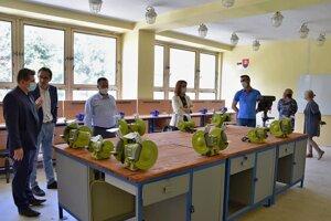 Žiaci na Mazorníkove sa už vzdelávajú v zmodernizovaných triedach.