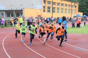 Martinská celoročná olympiáda rekreačných športovcov odštartovala v nedeľu bežeckými súťažami ďalší ročník.
