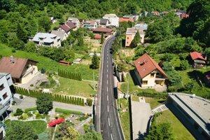 Mesto Prešov v spolupráci s Národnou diaľničnou spoločnosťou zrekonštruovalo cestu na ulici Za Kalváriou.
