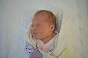 Ema Kubisová (3170 g, 48 cm) sa narodila 6. júna Martine a Patrikovi z Ivanoviec.
