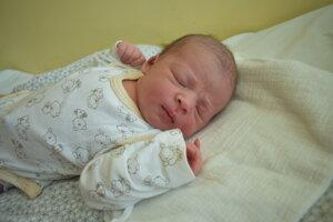 Amanda Vendžúrová (3200 g, 50 cm) sa narodila 7. júna Michaele a Matúšovi z Dolnej Súče.