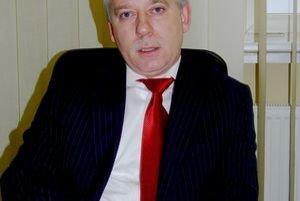 Riaditeľ a poslanec Jozef Valocký.