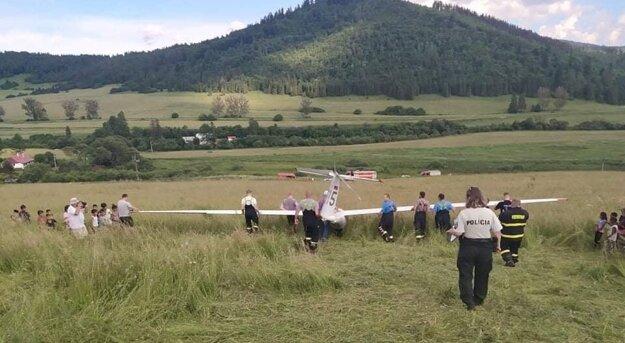 Vetroň pilota z Prešova sa dostal do problémov na Spiši.