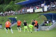 Na susedské derby Chlebníc a Dlhej nad Oravou prišla pekná divácka kulisa.