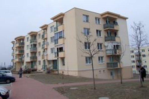 Byty na Rýnskej ulici financovalo mesto zo štátneho úveru.