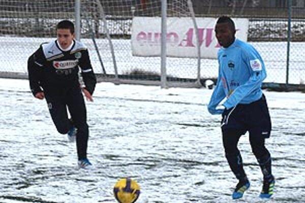 V nedeľňajšom stretnutí FC Nitra jun. - Györ jun. (4:0) hral Juhoafričan Suma, ktorý prišiel pod Zobor na skúšku.
