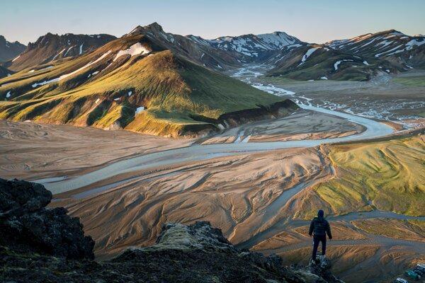 Island môže byť súčasťou potopeného kontinentu Islandia.