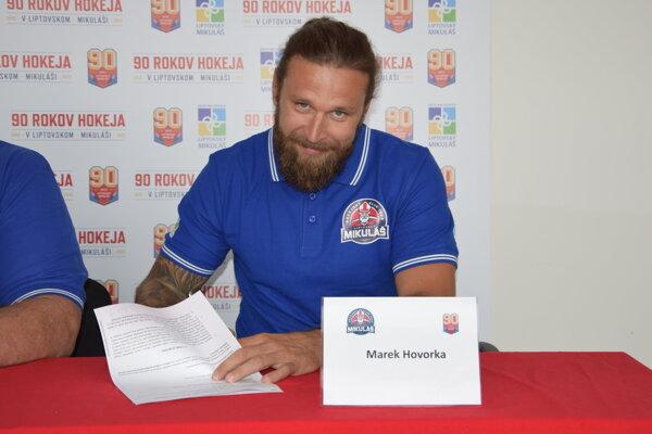 Marek Hovorka bude hájiť Liptovské hokejové farby.