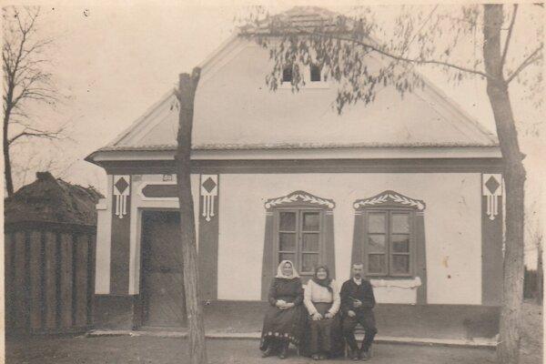 Starý sedliacky dom rod. Kusých vo Varov Šúre.