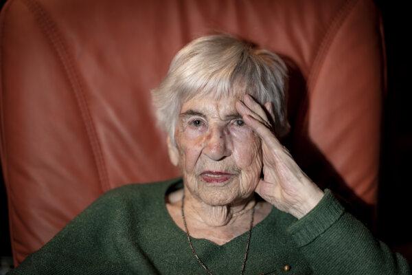Esther Béjaranová.