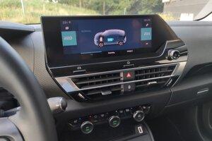 Klimatizácia má už opäť vlastný panel, netreba ju ovládať cez obrazovku