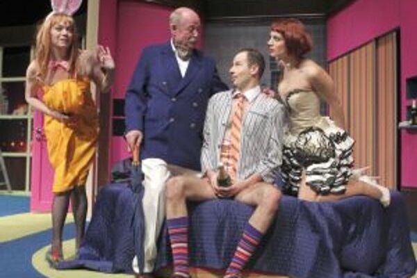 Silvestrovským predstavením bude bláznivá komédia Dvojitá rezervácia.