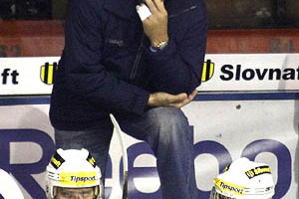 Ján Jaško prvýkrát viedol tím Nitry na domácom ľade.
