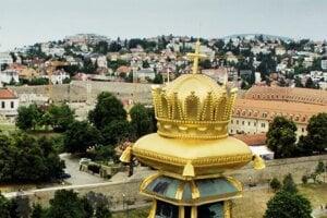 Vrchol veže Katedrály sv. Martina v Bratislave