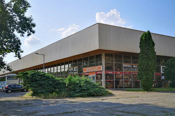Dielo architekta Pavla Špičku patrilo v čase dokončenia medzi najkomplexnejšie vybavené športové haly v Európe.