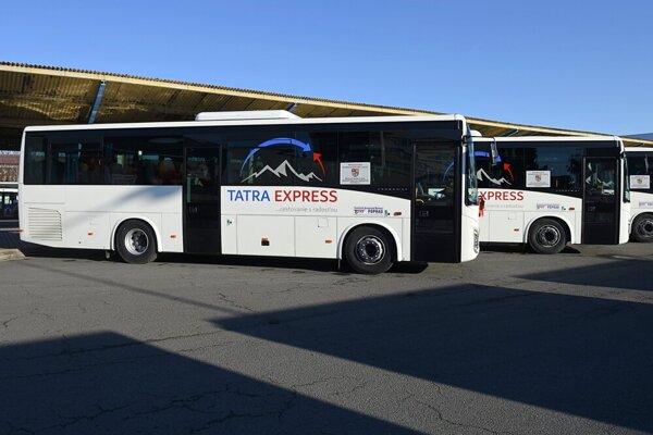 Autobusy na stanici v Poprade.