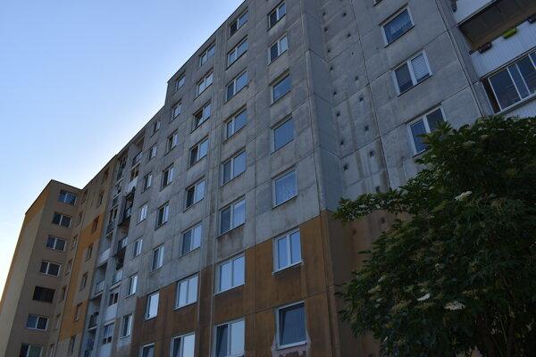 Bytovka na Sídlisku pod Sokolejom.