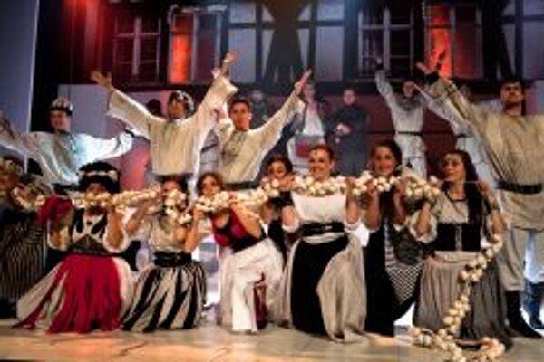 V Starom divadle opäť uvidíte päť predstavení Plesu upírov.