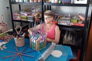 Marta Jancková vo svojej dielni.