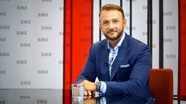 Rozhovory ZKH: Matúš Šutaj Eštok.