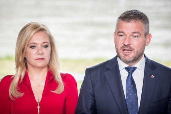 Podpredsedníčka Hlasu Denisa Saková a líder strany Peter Pellegrini.