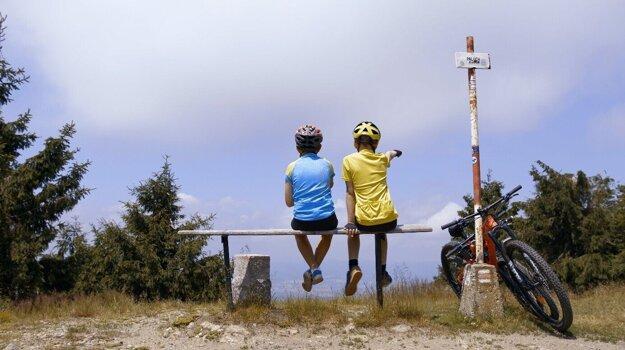 Považský Inovec sa teší obľube malých i veľkých cyklistov