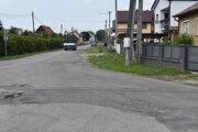 Incident sa stal na dvore jedného z rodinných domov v obci Lackovce.