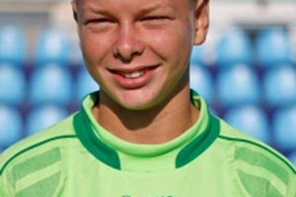 Matej Dovičovič chytá za FC Nitra U15.