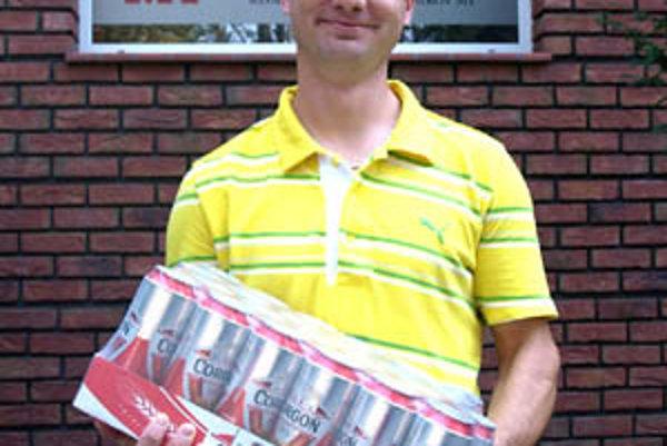 Pre kartón piva Corgoň si prišiel víťaz 2. kola Marek Kalúz z Veľkého Zálužia.