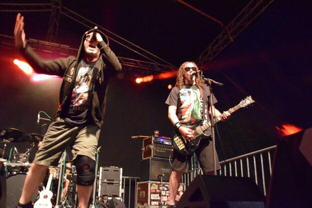 Svojský humor, energia a nevšedné nápady sú hlavnou devízou kapely Horkýže slíže.