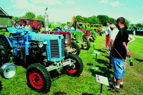 Záber z vlaňajšej Traktorparády.