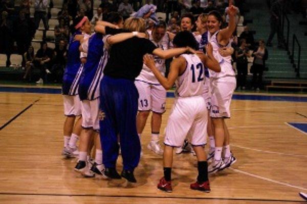 V apríli sa Nitrianky tešili z bronzových medailí, druhýkrát v krátkej histórii klubu.