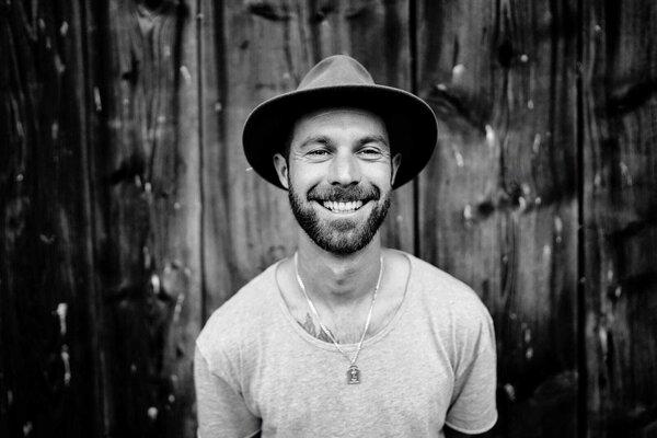 Adam Kmeť je Martinčanom známy ako tanečník. Roky pôsobí  vtanečnej škole Shakers Dance Family.